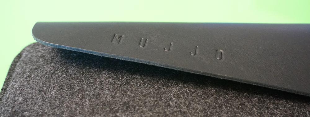 mujjo-mbp-sleeve-3