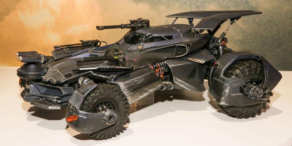justice-league-batmobile1