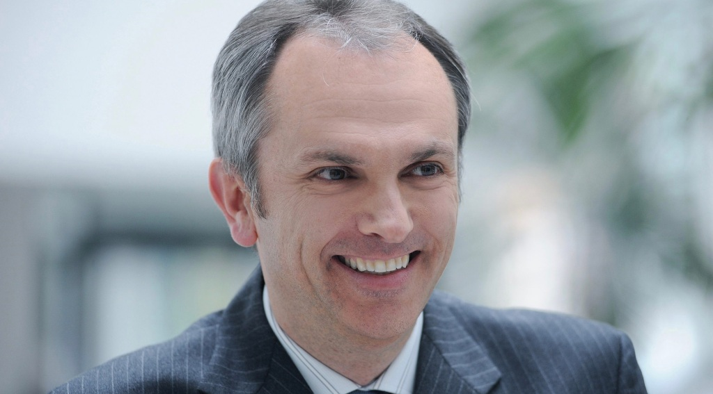 photo of Lunch with Apple CFO Luca Maestri up for auction, proceeds going to Andrea Bocelli Foundation image