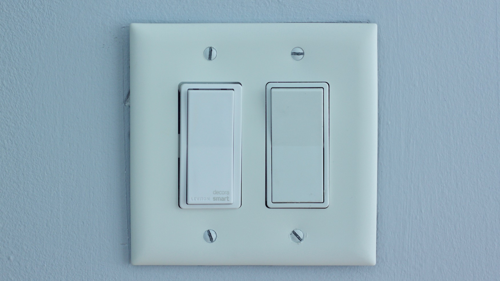 Decora Smart Switch next to dumb switch
