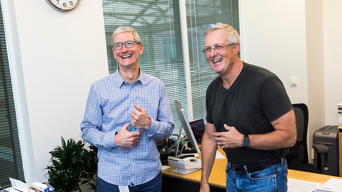 Former Apple SVP Bruce Sewell details search negotiations with Google & more in new interview