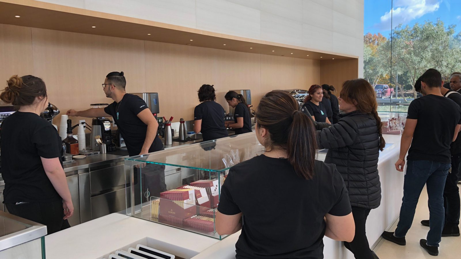 d18a8d93 Here's everything you can buy at Apple Park's Visitor Center [Gallery]