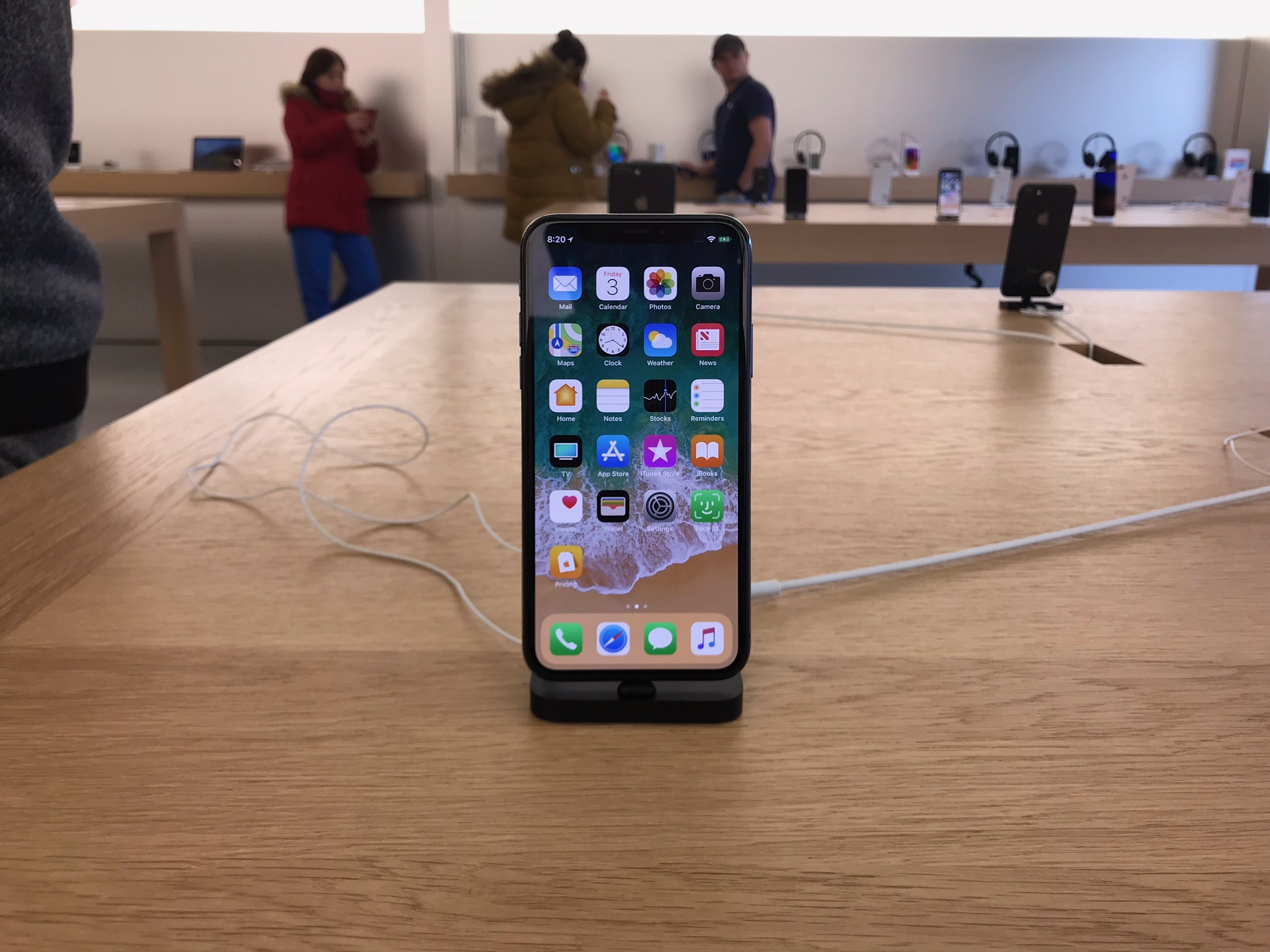 check out c10ac 74283 iPhone X launch day Apple Store queues drastically different from ...