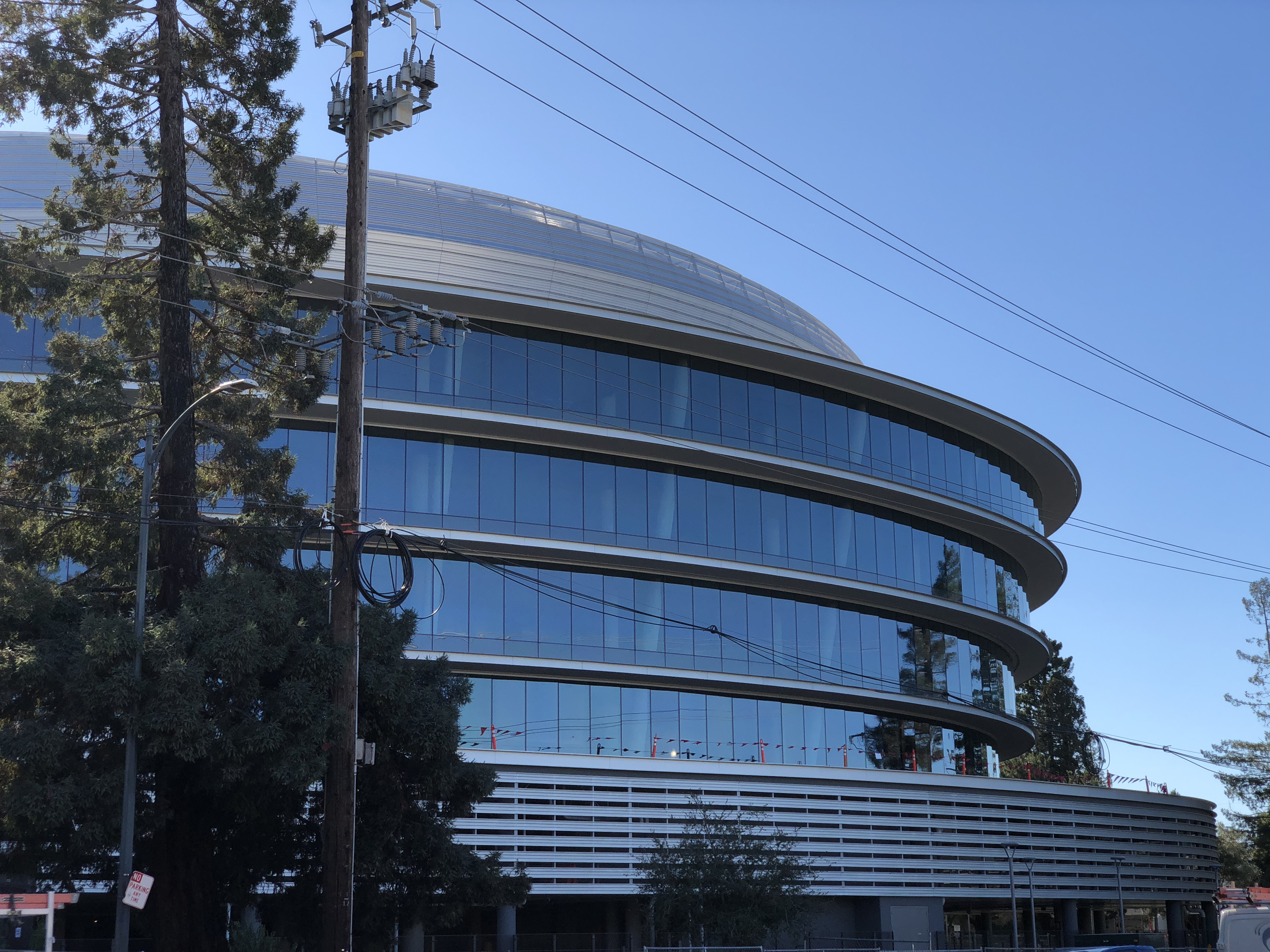 Construction of Apple's stunning 'second spaceship' campus