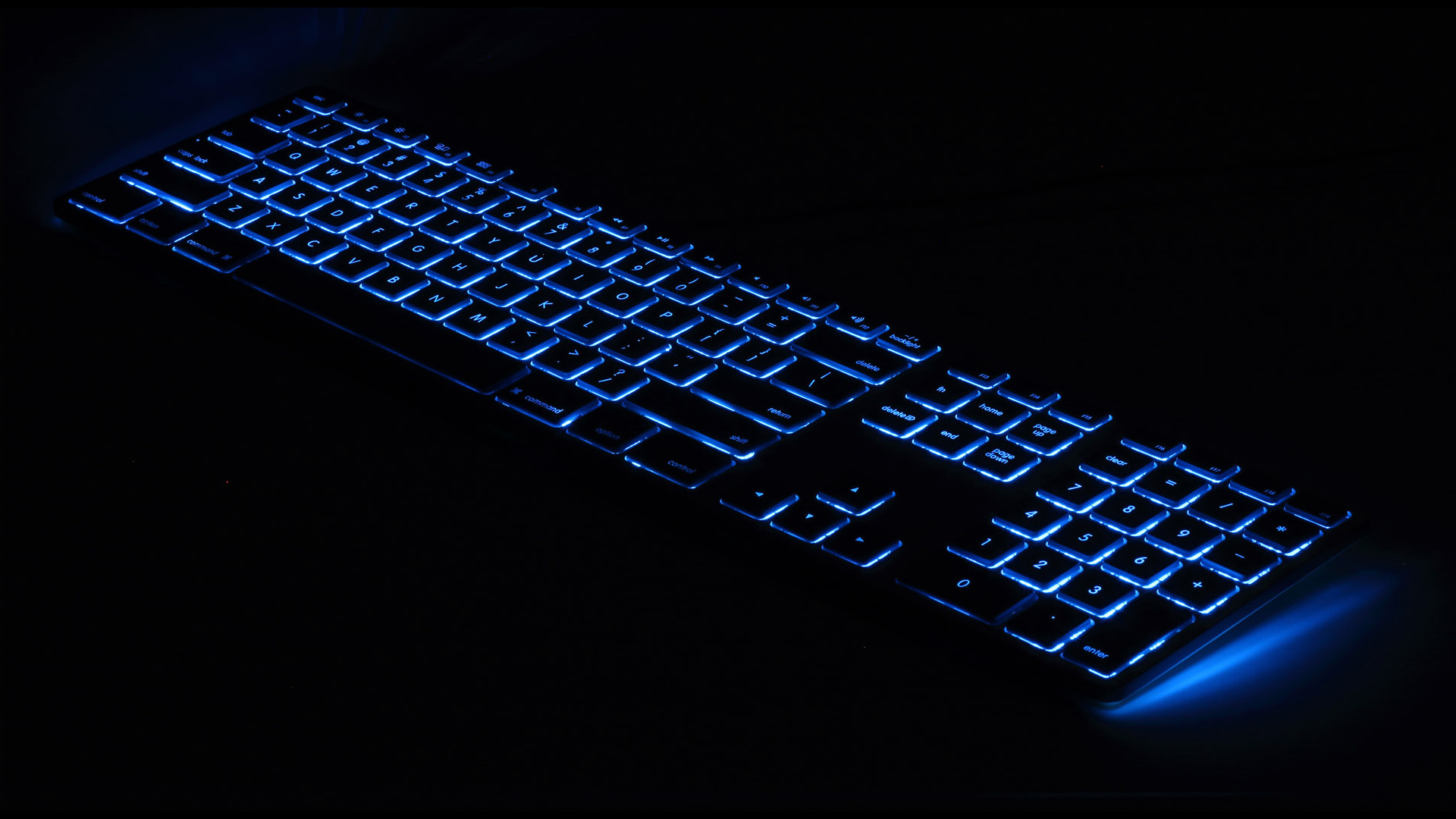 Matias introduces new wired aluminum keyboard with RGB backlight for