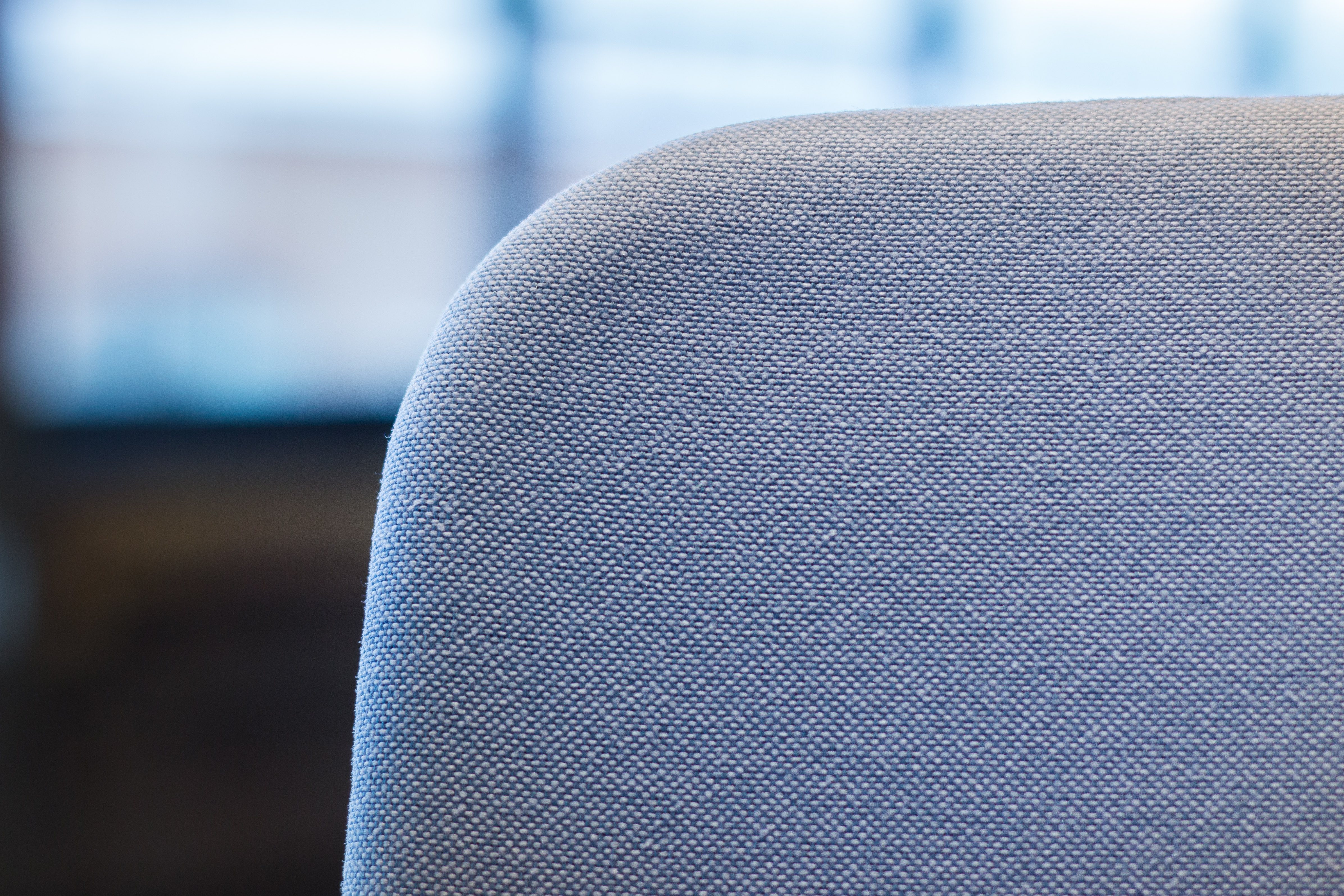 Review: Living with Vitra's Pacific Chair, Jony Ive's choice