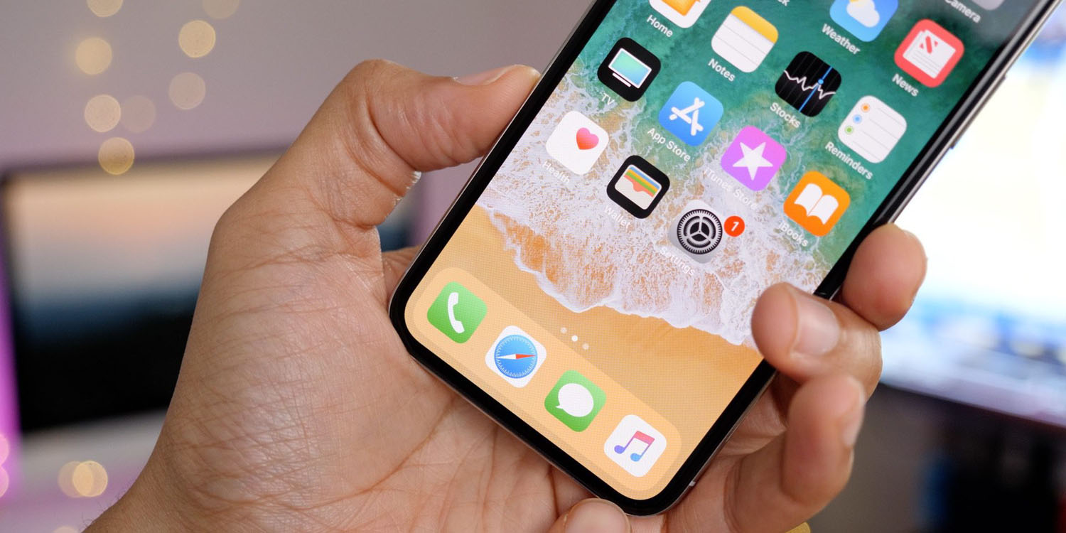 Nikkei reiterates iPhone X production being cut in half, leaving Samsung scrambling for OLED buyers