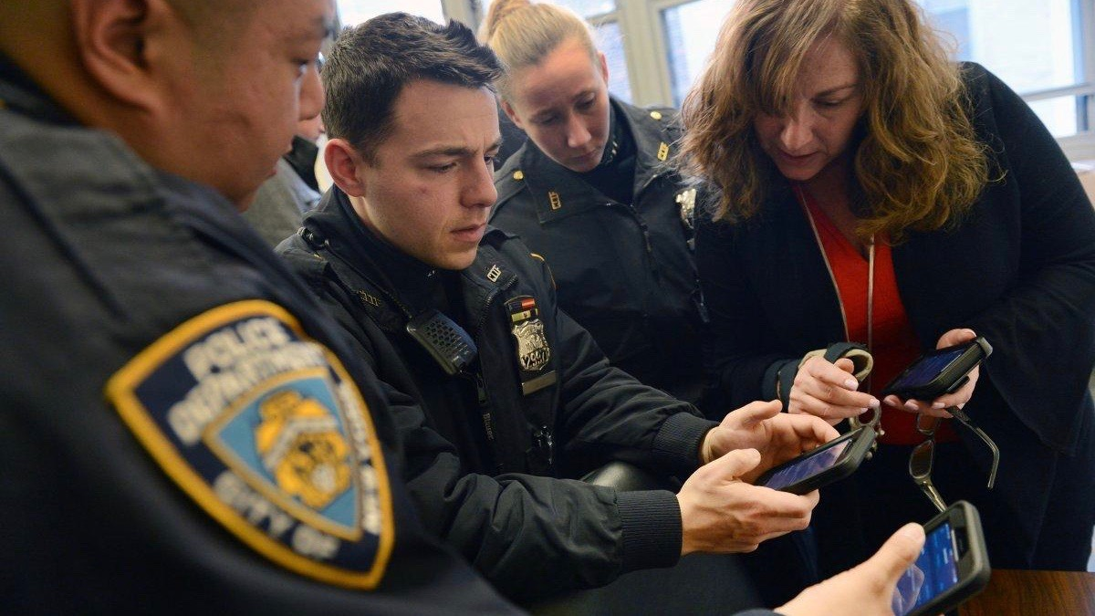 NYPD begins deploying iPhone 7 & 7 Plus to officers as it officially moves on from Windows Phone