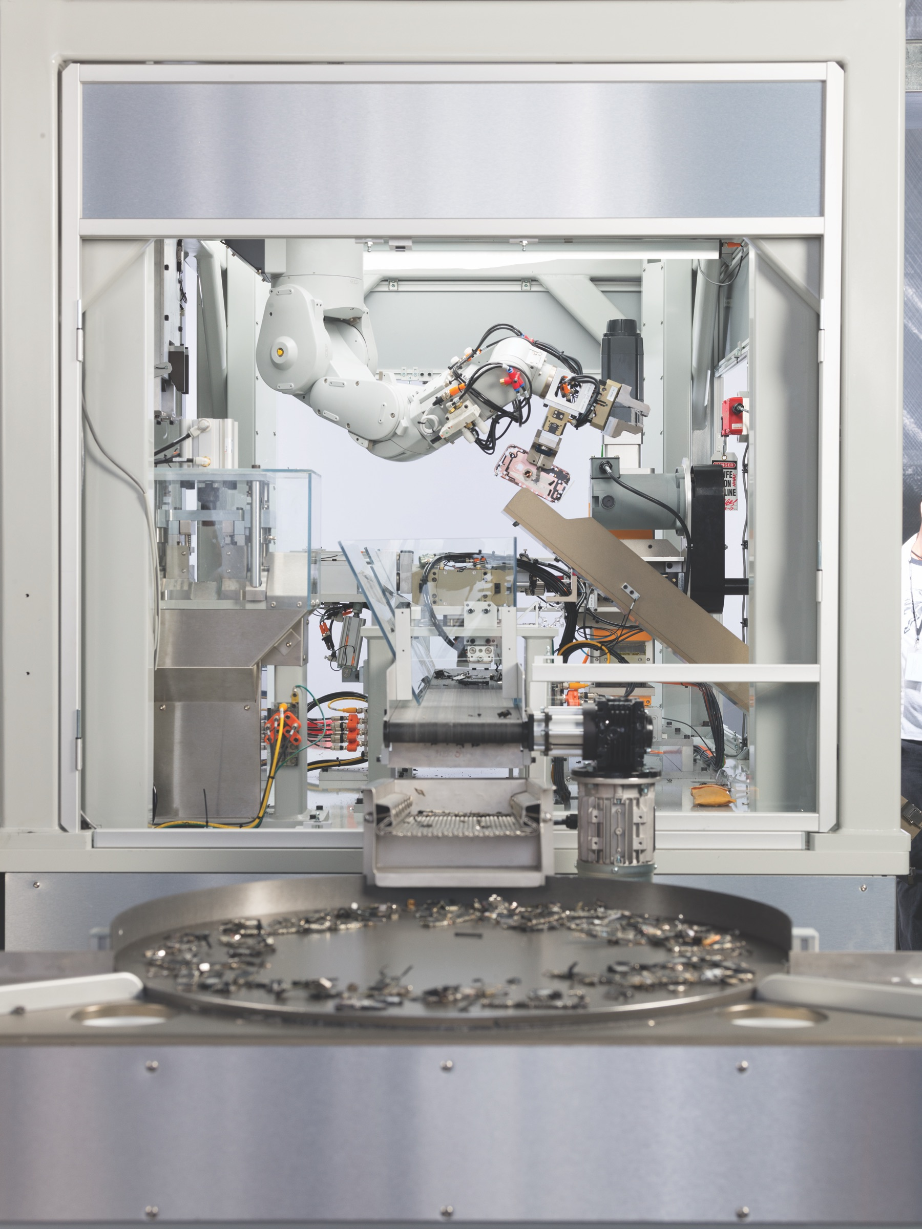 Apple Unveils New Iphone Disassembly Robot Daisy Donating To See A Workout 180327 Sl Sortingtabledrop 001347tif Print
