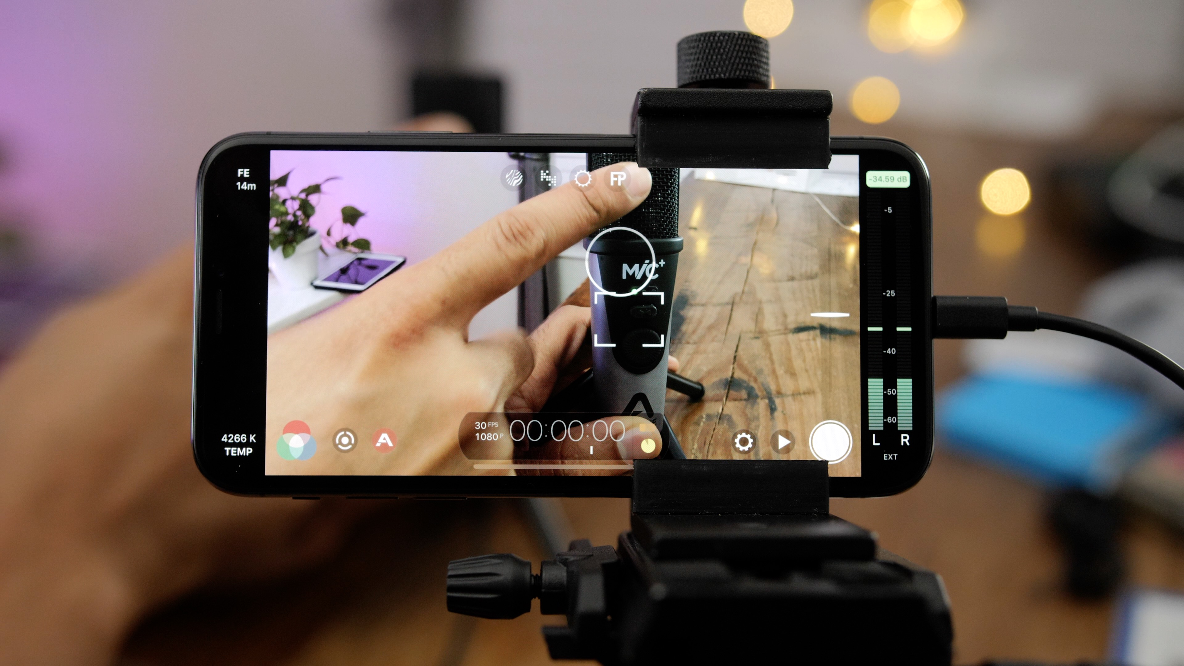 friday 5 filmic pro a must have app for iphone videographers rh 9to5mac com iphone 5s video manual focus Ford Focus Manual