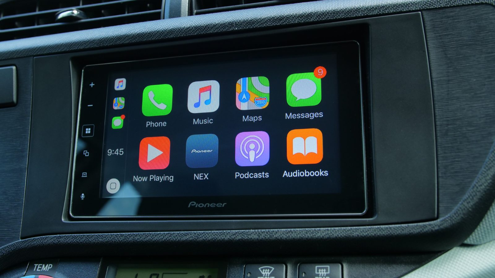 Hands On Pioneer Mvh 1400nex Offers Affordable Carplay In A Simple