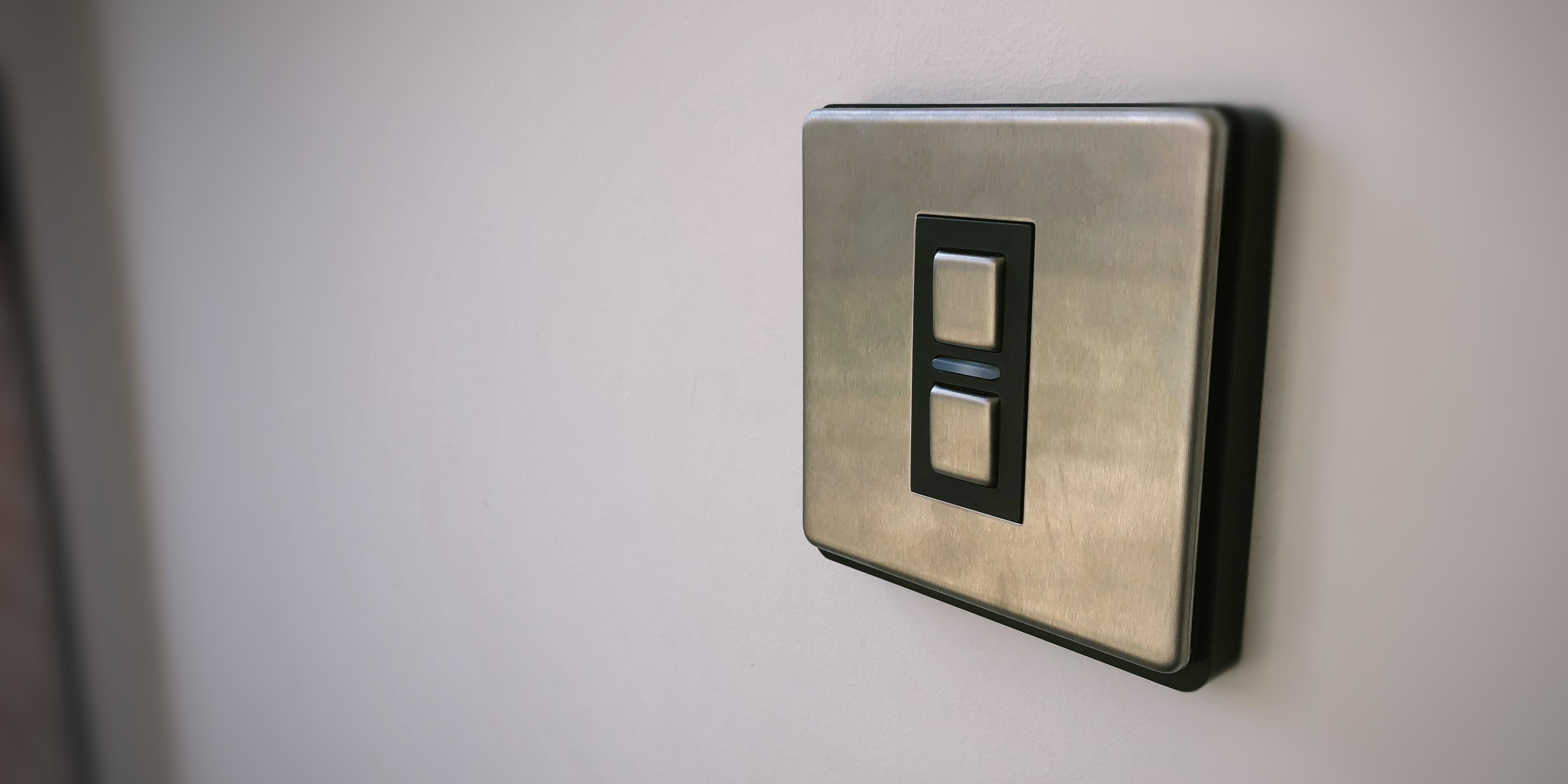 review lightwave light switch, the best uk homekit solution for