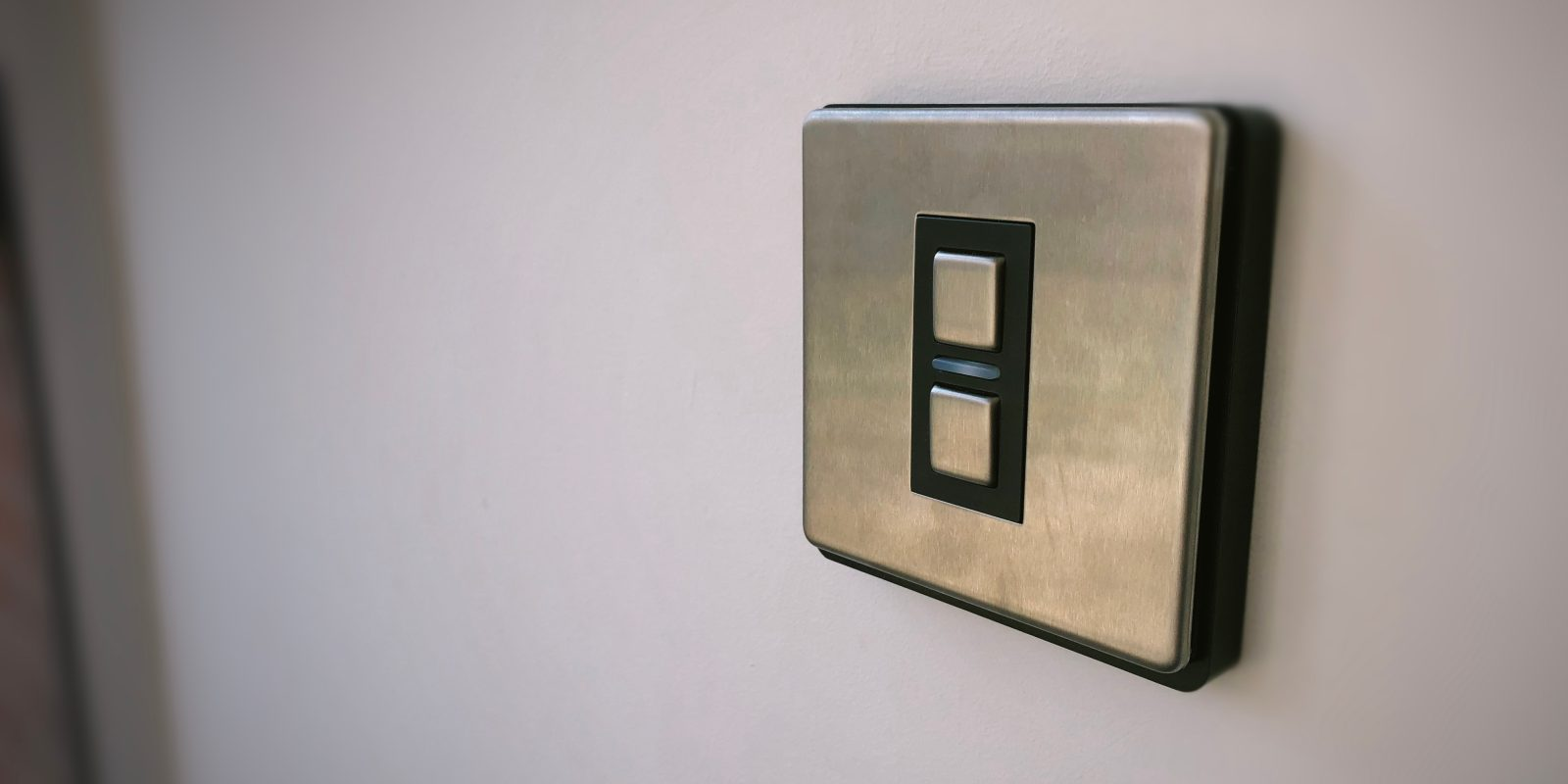 Review: Lightwave Light Switch, the best UK HomeKit solution ... on