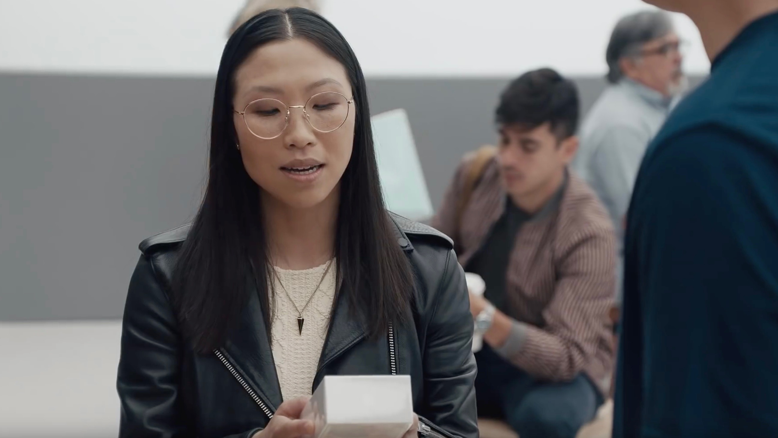 samsung s latest ingenius ads poke fun at iphone x dongles fast charging more