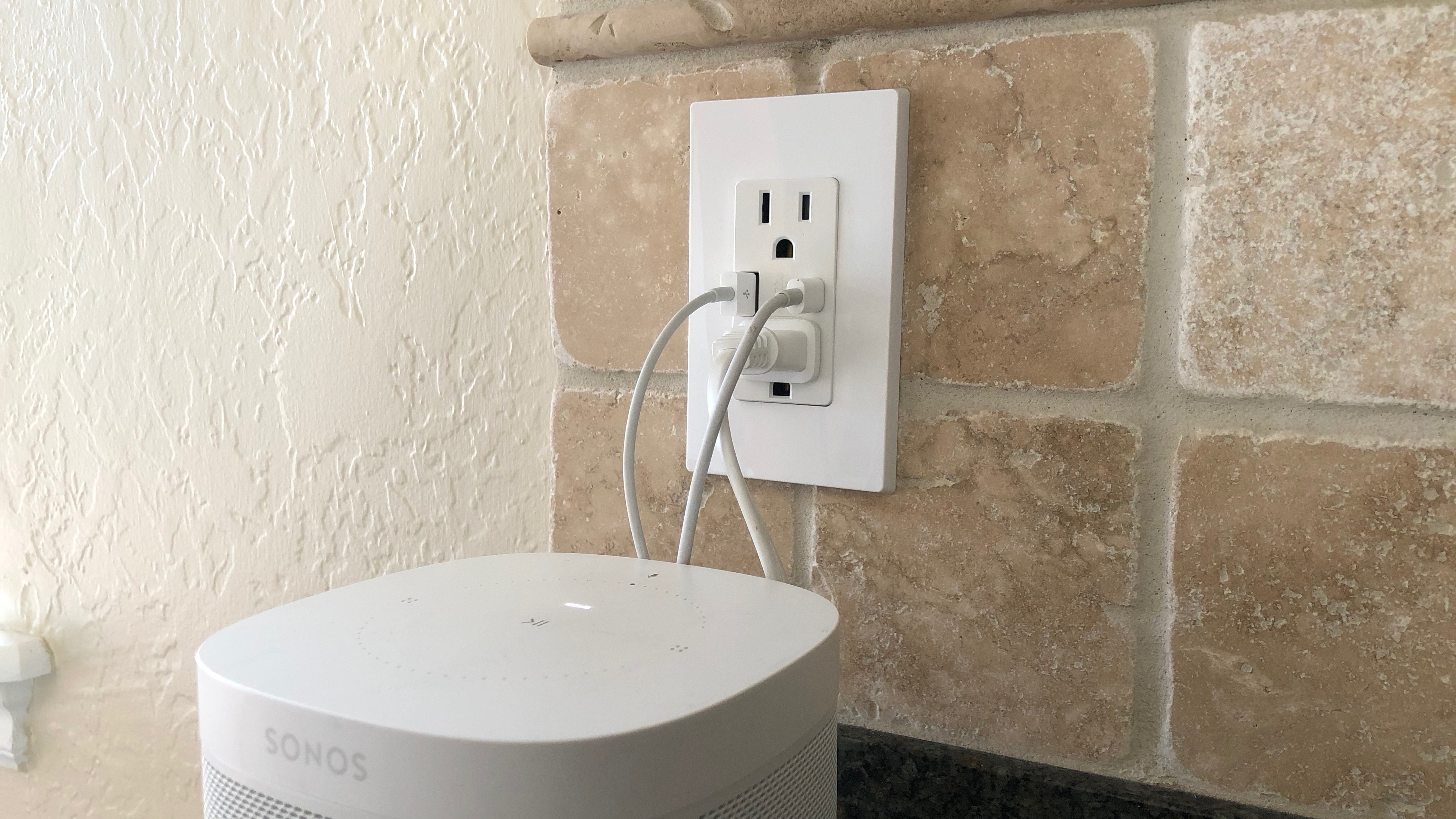 review leviton s usb c usb a wall outlet offers lots of charging convenience