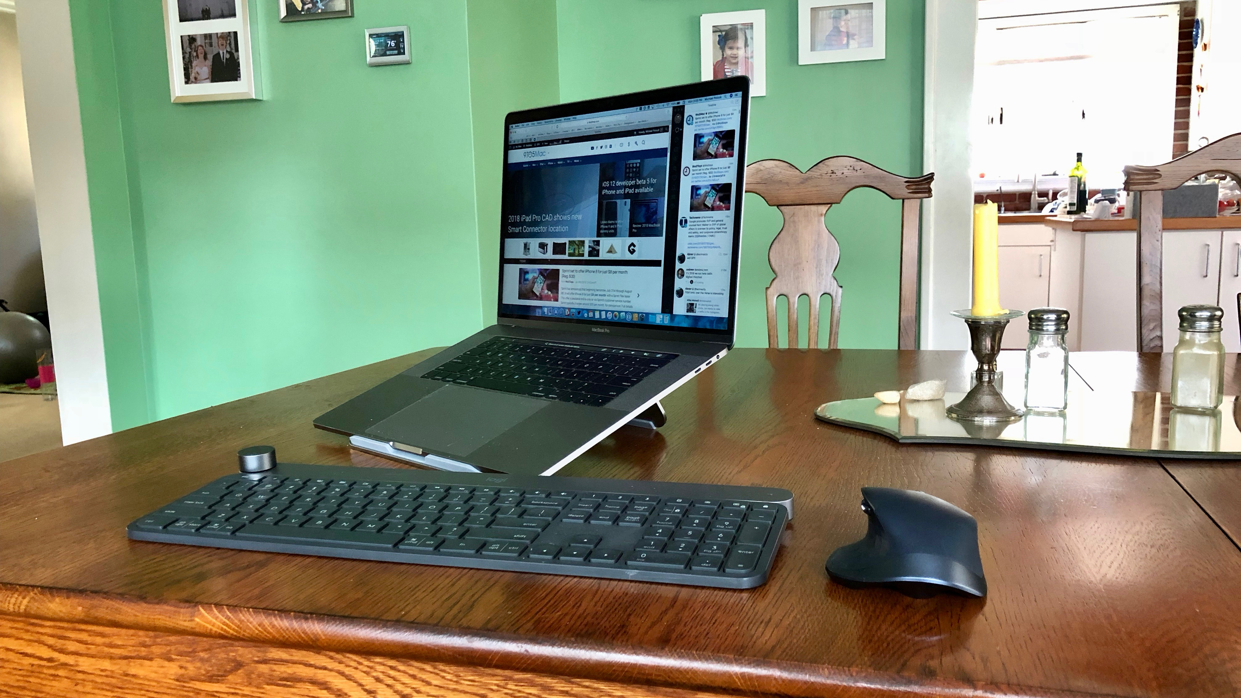 review satechi s foldable aluminum macbook stand is a perfect travel companion