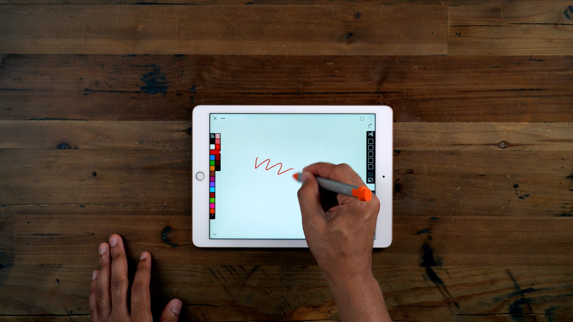 Review: Logitech Crayon - a price-friendly Apple Pencil