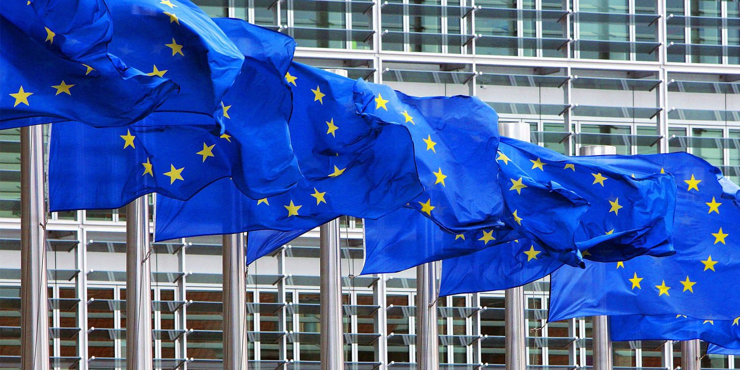 europe s controversial copyright law approved could make meme images illegal