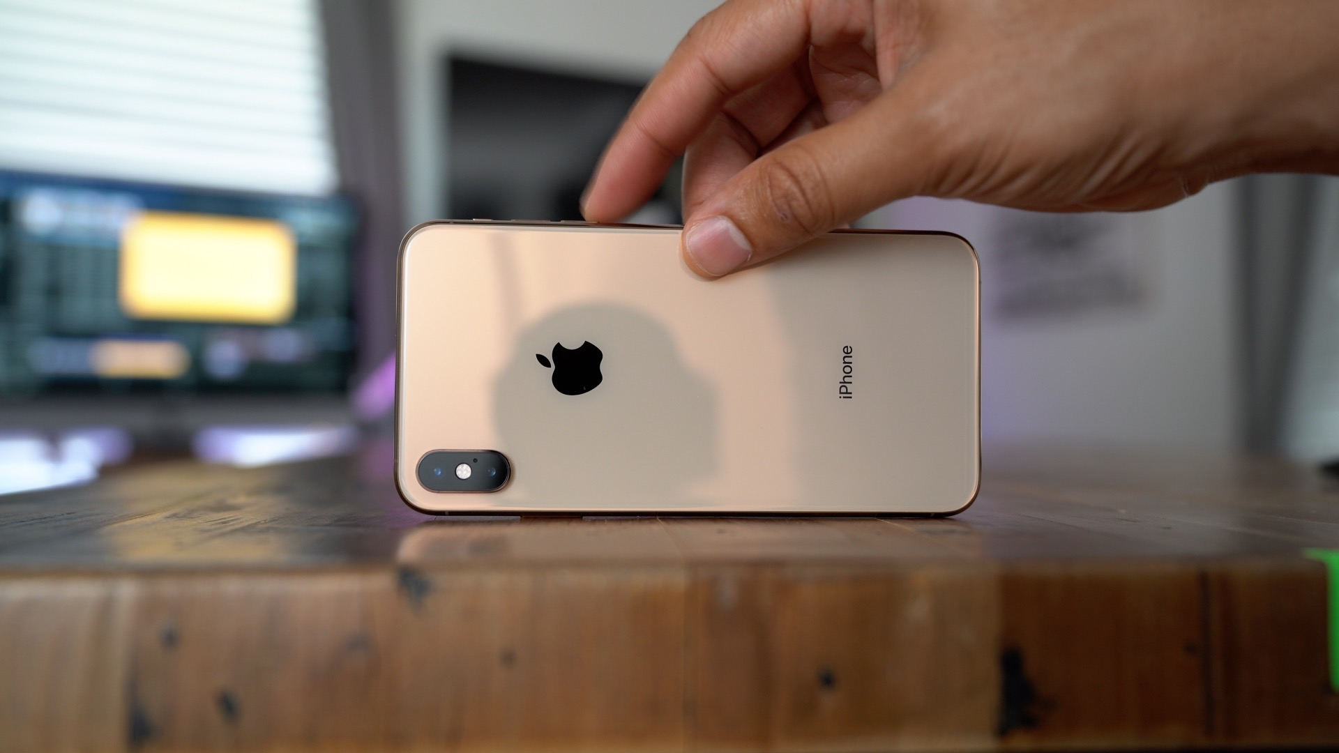 9to5rewards still time to win apple s new iphone xs max giveaway