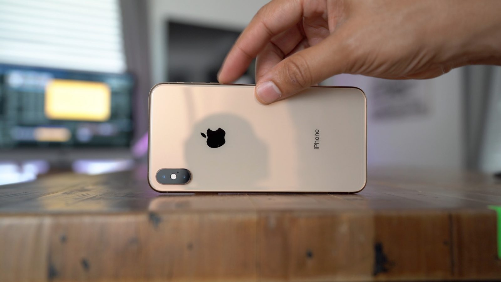 Iphone Xs Max Costs Apple 443 To Make As It Cuts Some 3d