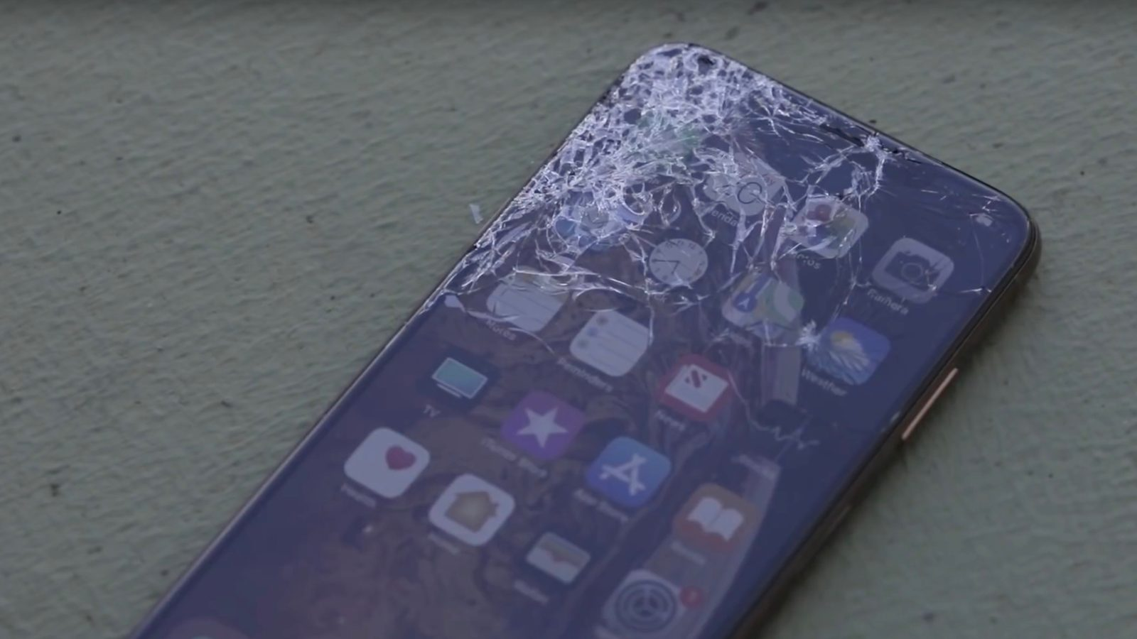 check out b9296 bc046 Early iPhone XS & XS Max drop test evaluates Apple's 'most durable ...