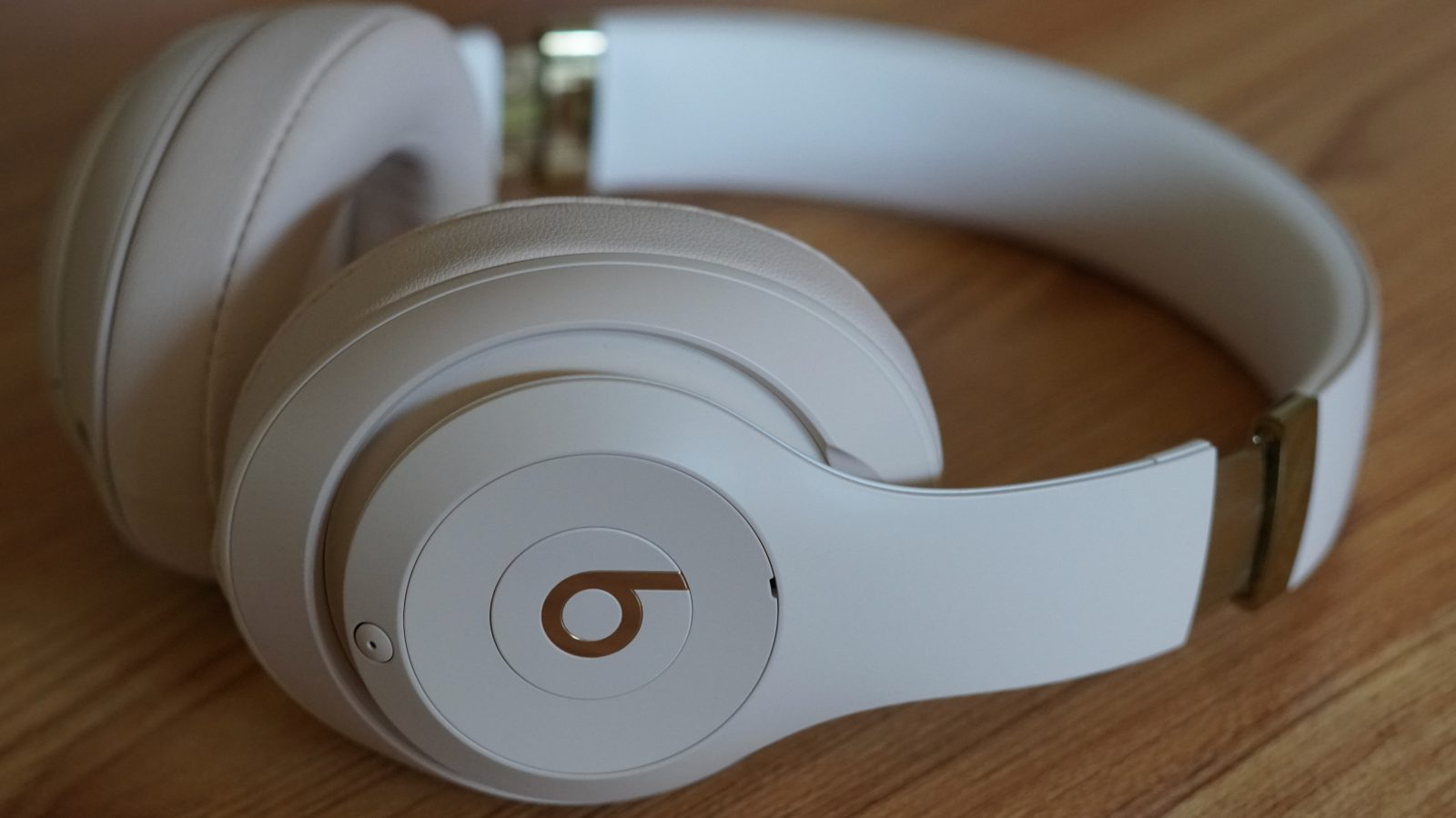 5245328d865 Beats Studio 3 Wireless Skyline Collection launches today, hands-on ...