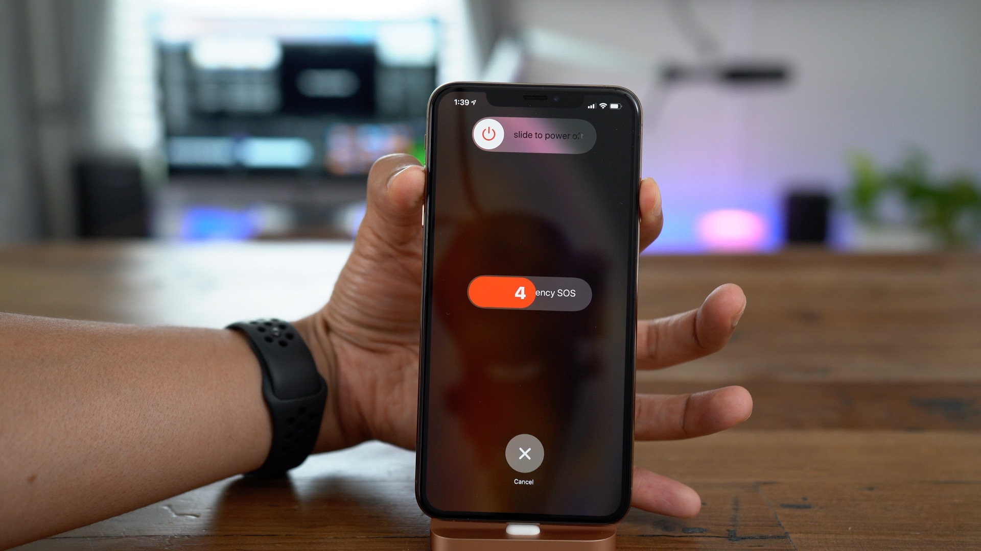 How to force reboot iphone xs