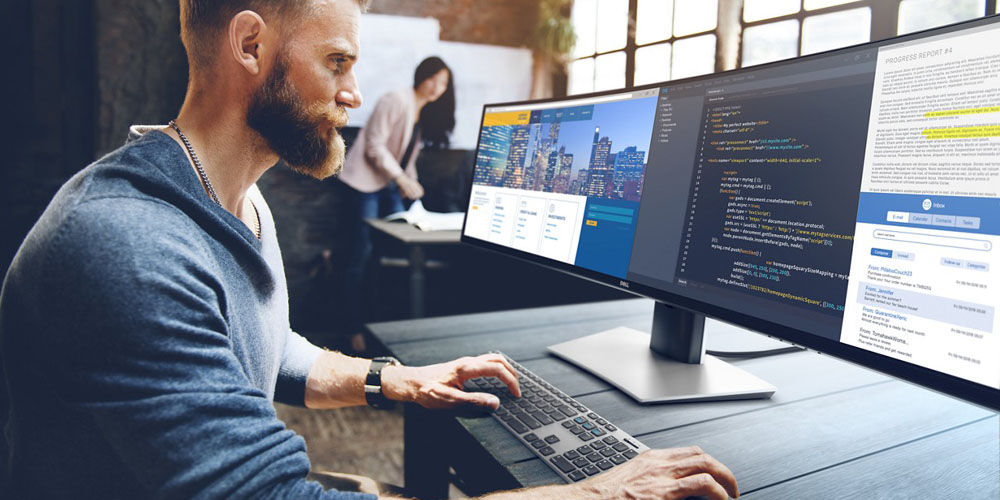 Dell UltraSharp 49 pushes the size of ultra-wide USB-C