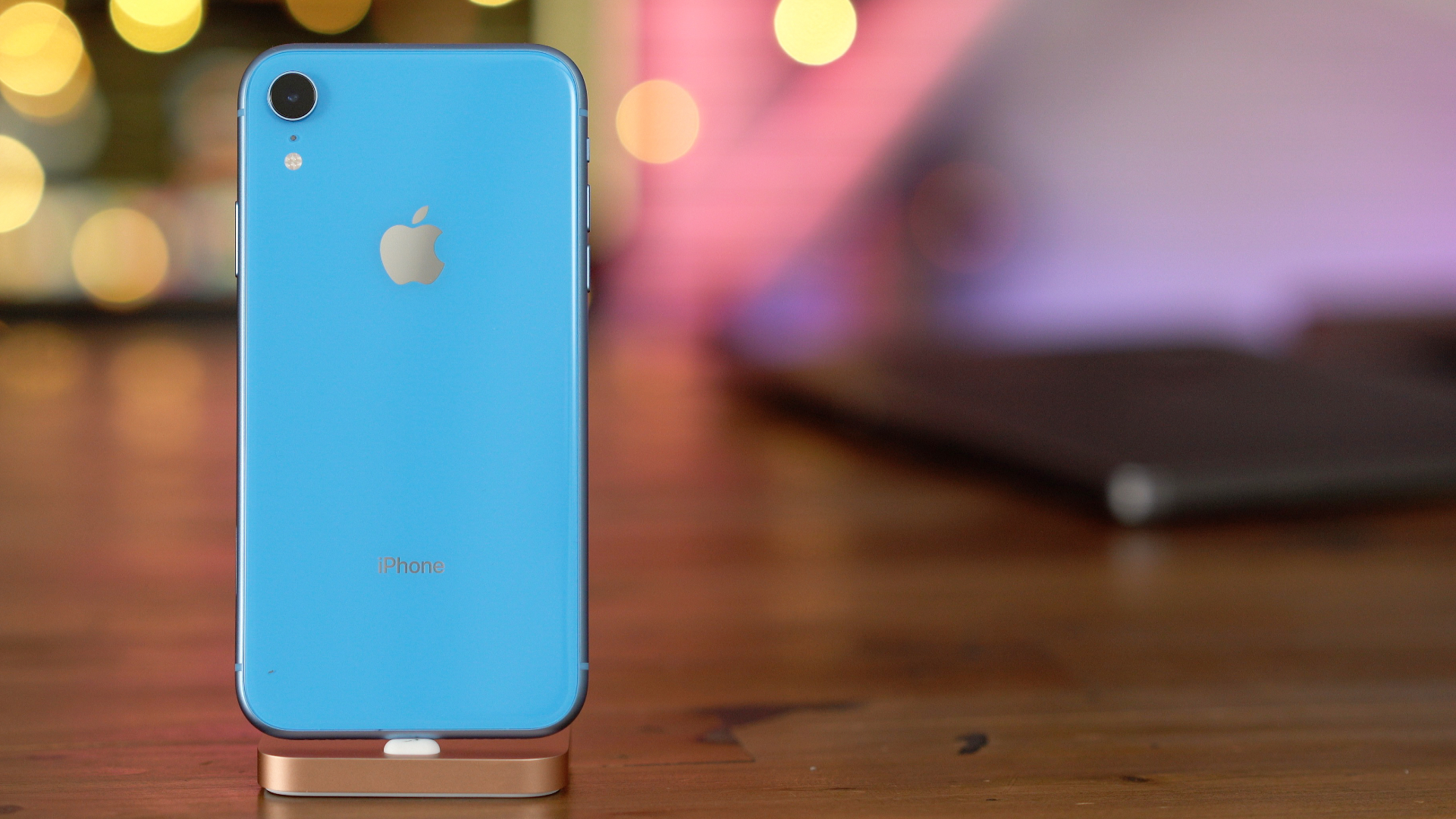 Iphone Xr: 10 Ways The IPhone XR Is Worse Than The IPhone XS [Video