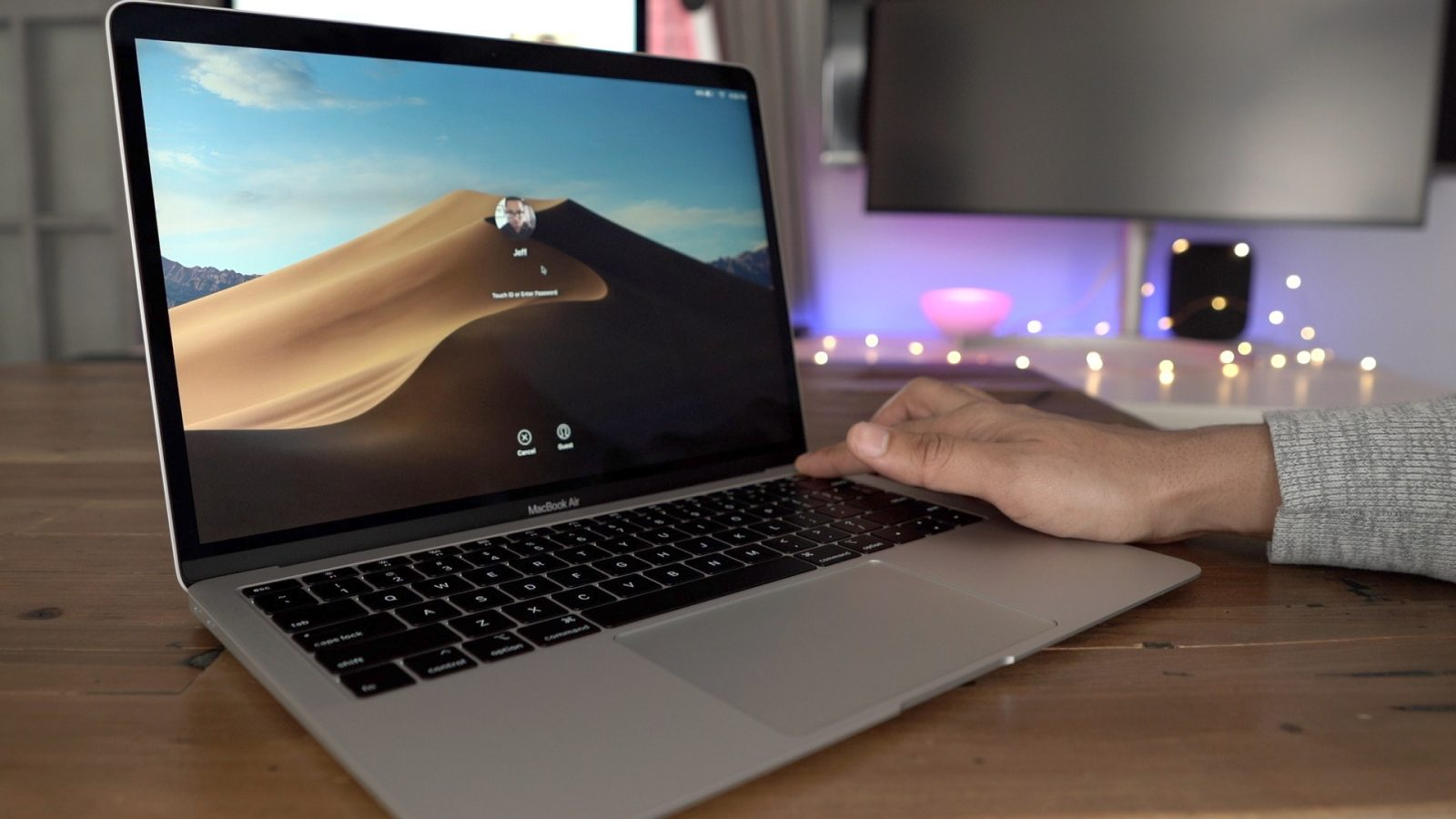 Some 2018 MacBook Air users experiencing poor FaceTime HD
