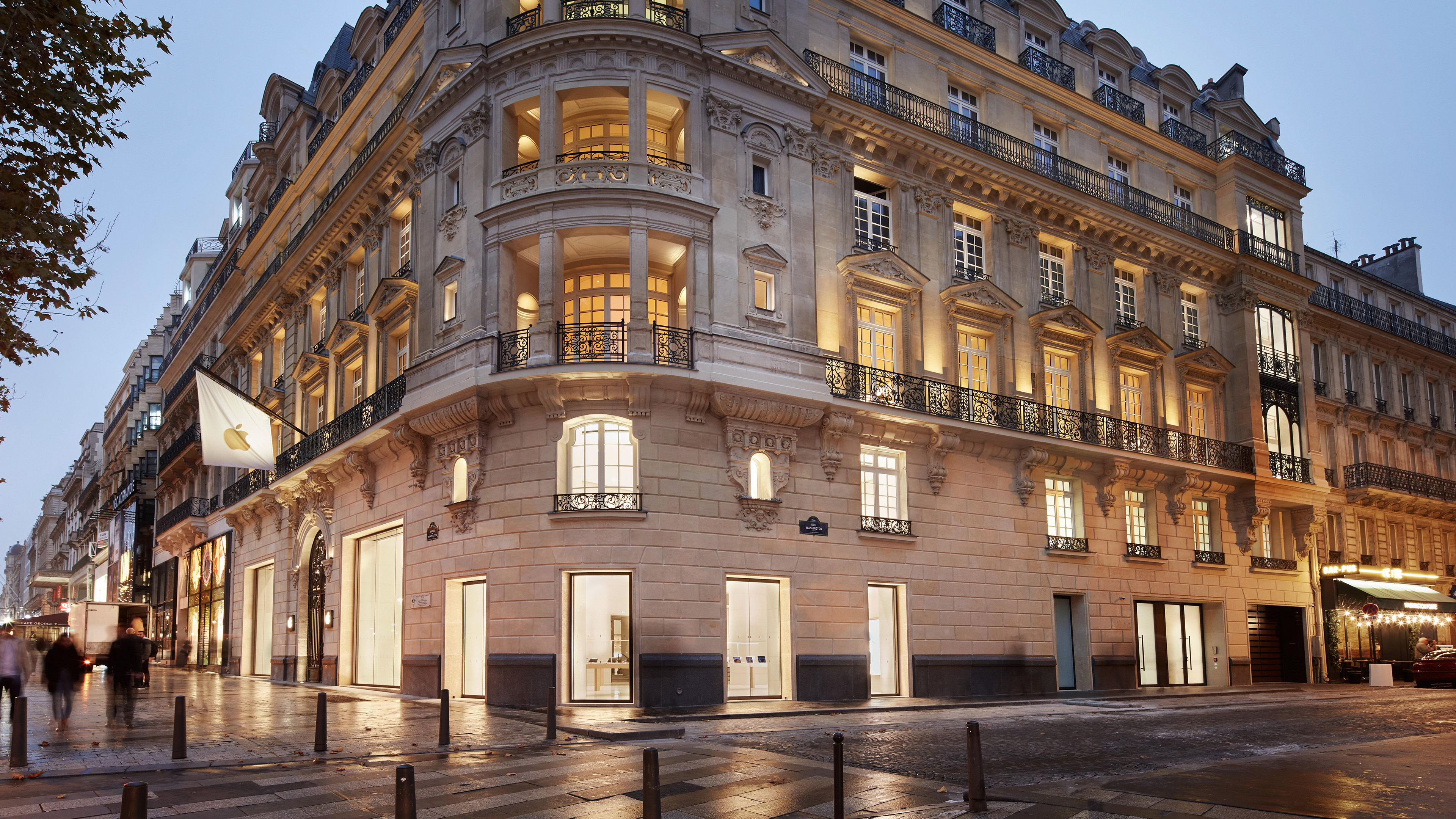 Apple's opulent Forum on Champs-Élysées previewed ahead of Sunday grand opening