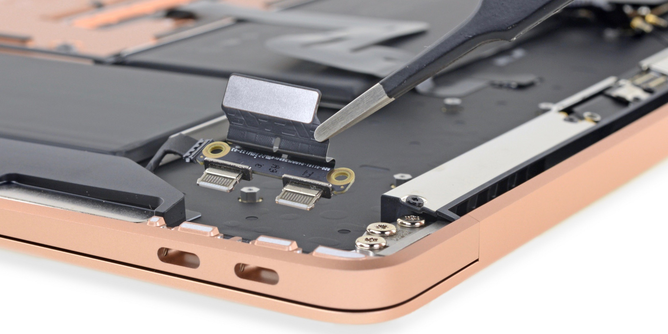 iFixit Retina MacBook Air teardown earns better repairability scores than MacBook Pro and MacBook