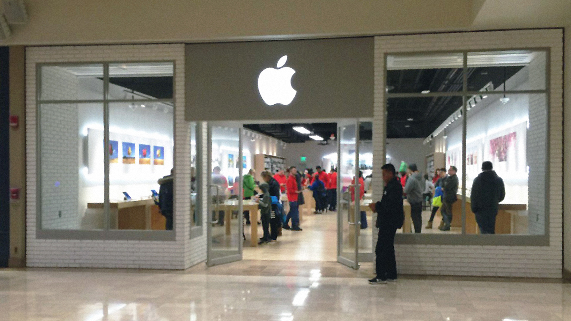 Documenting The Overlooked Craft Of Temporary Apple Stores 9to5mac