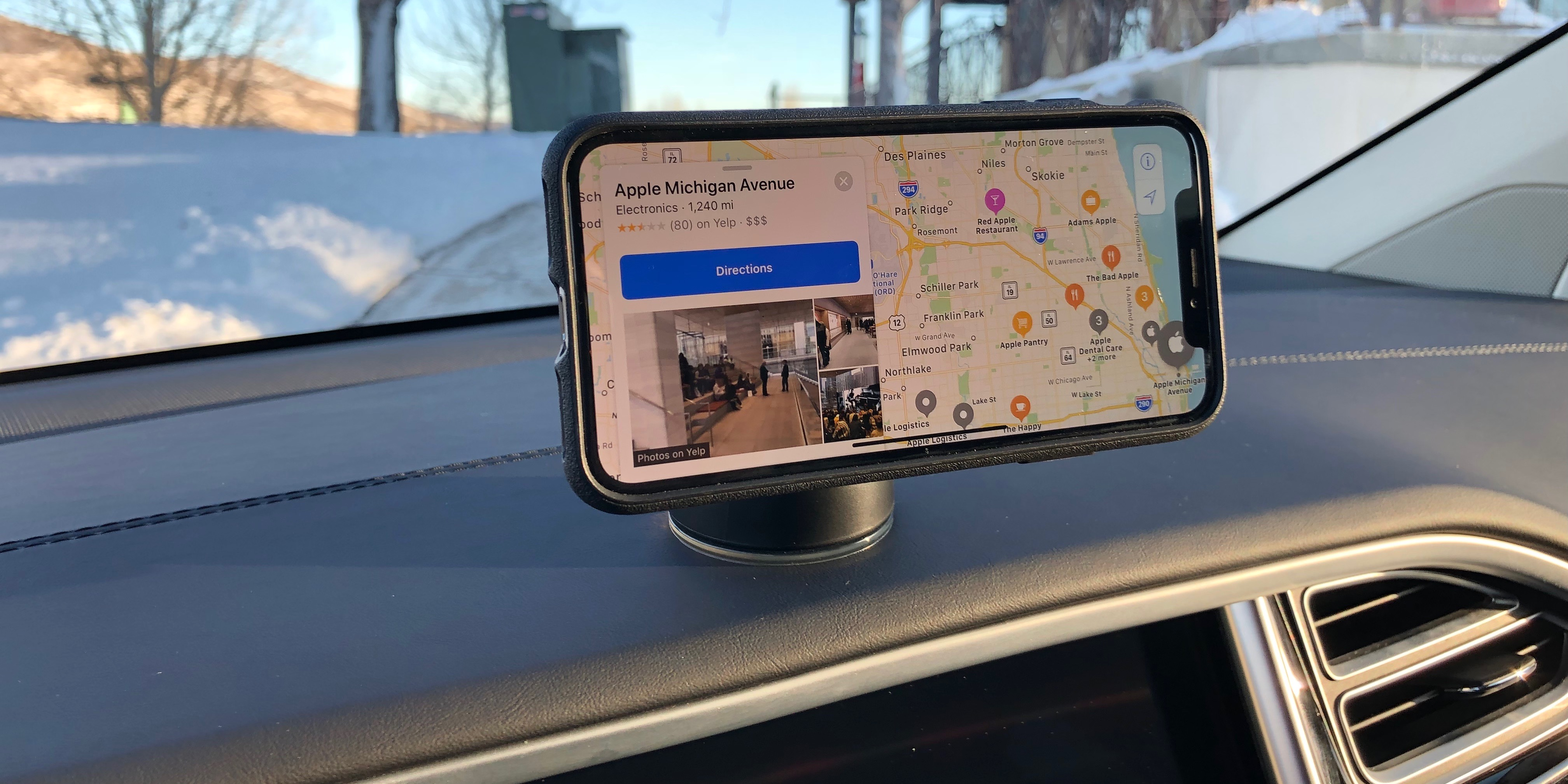 magnetic iPhone car mount