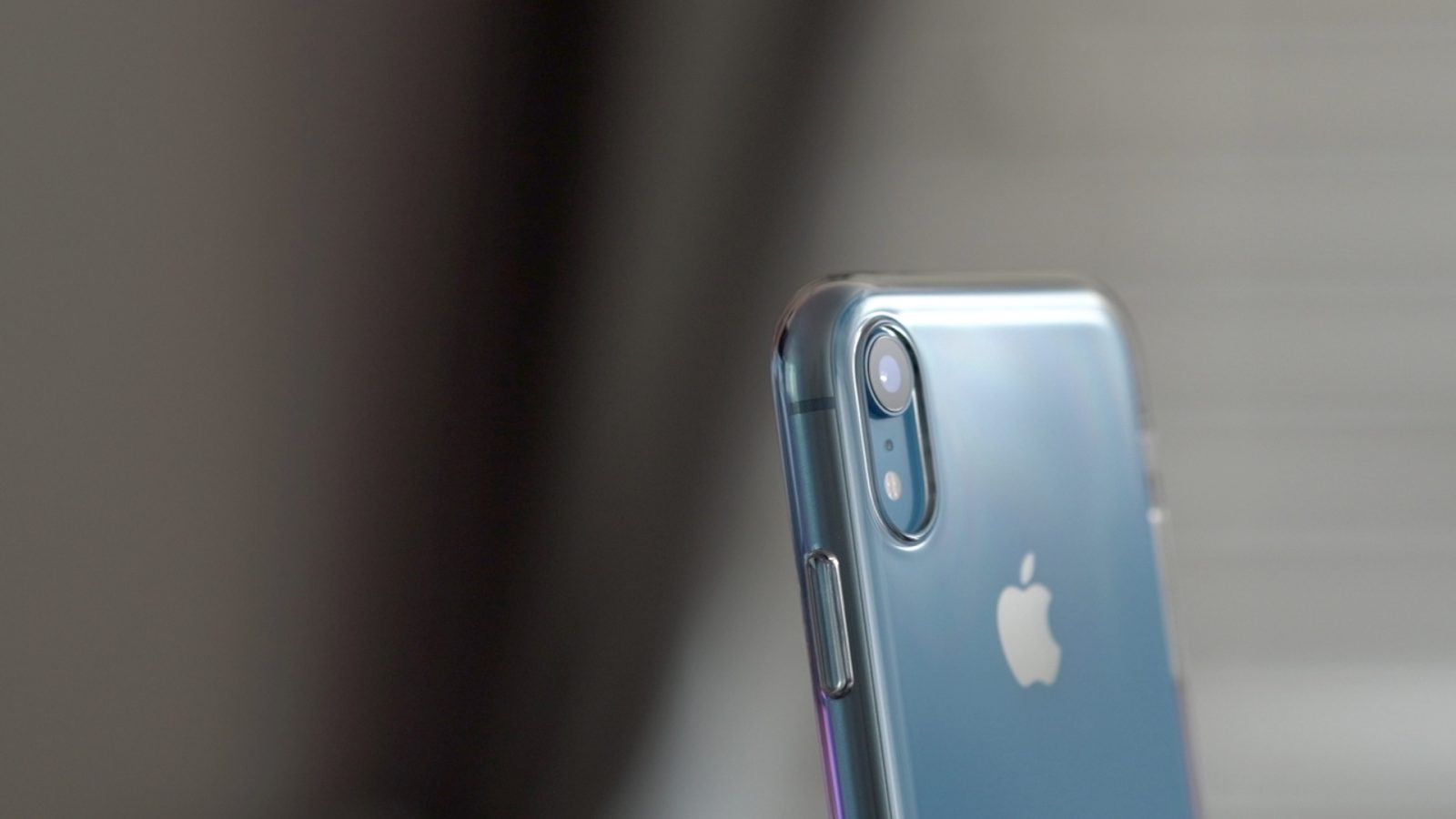 Nomura analyst predicts no physical changes to 2019 iPhones, sales drop expected