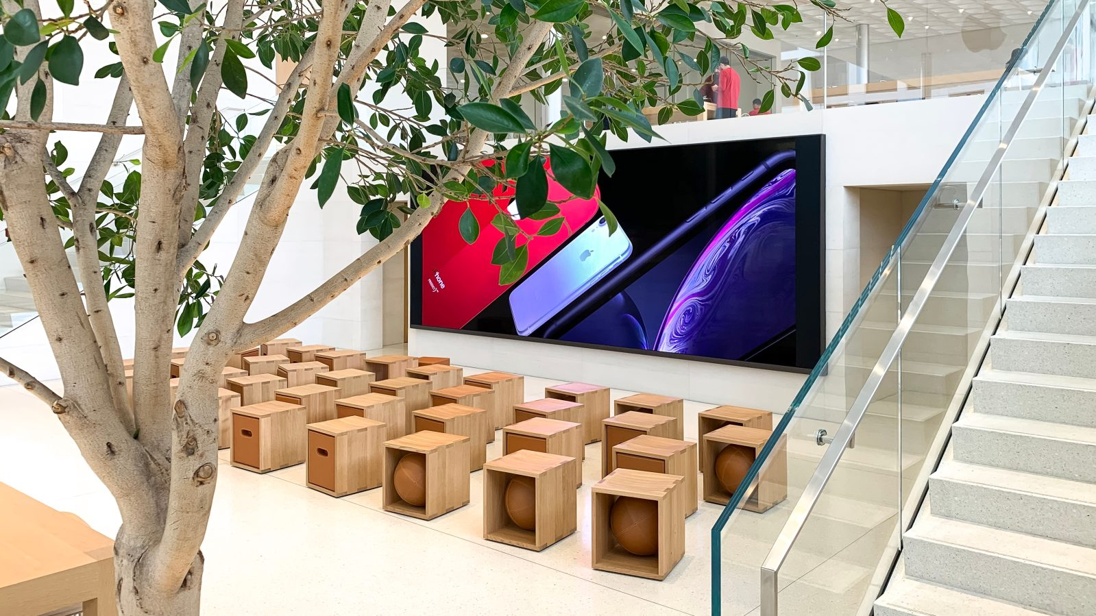 Angela Ahrendts discusses experiential retail and Today at