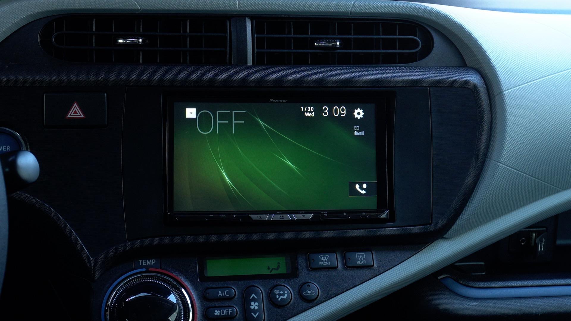 Pioneer W8400NEX wireless CarPlay