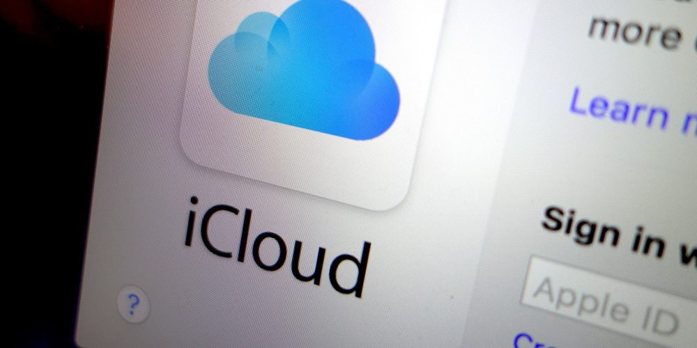 How to merge contacts with iCloud
