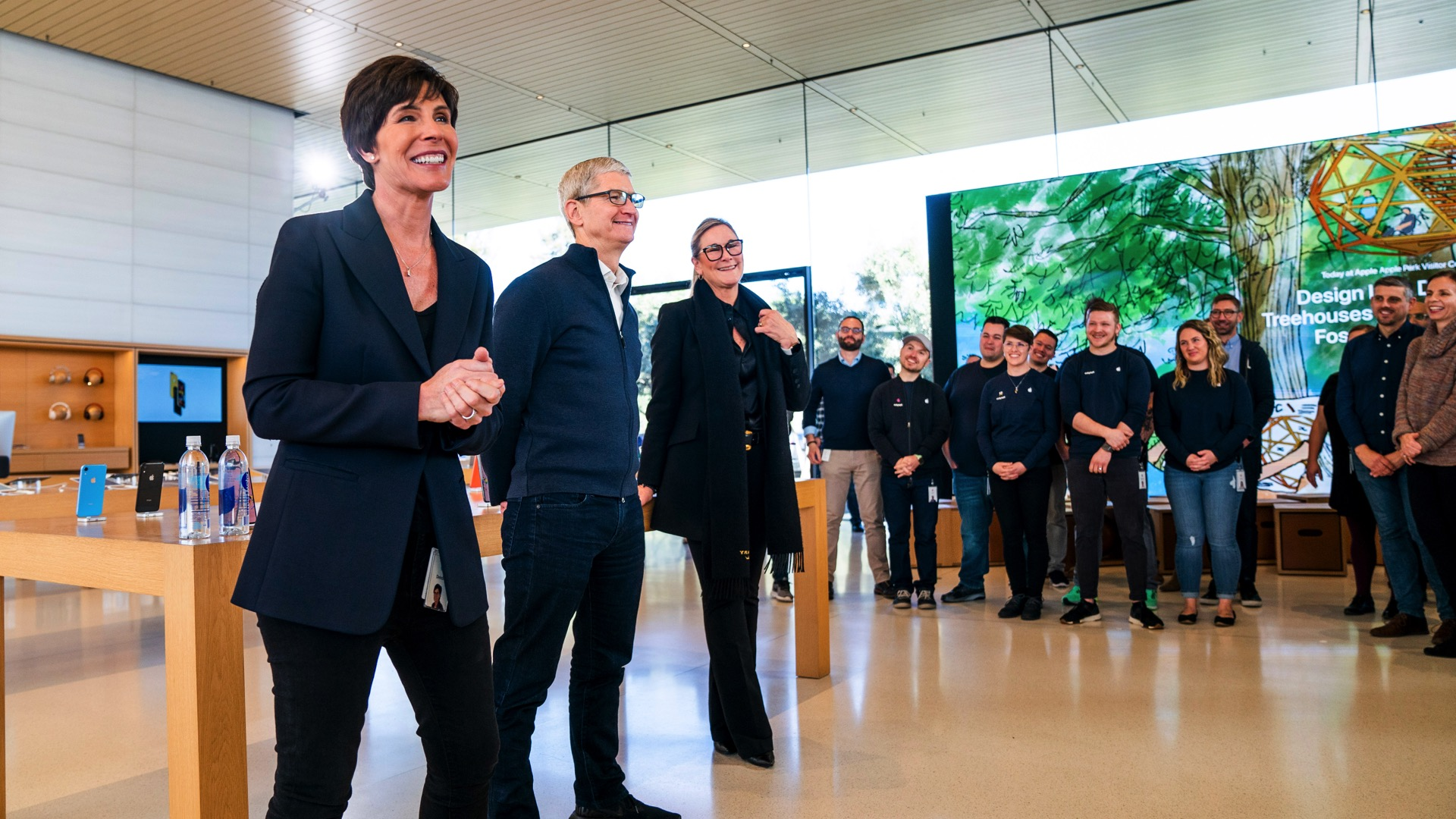 Making sense of Angela Ahrendts' departure and the future of Apple retail