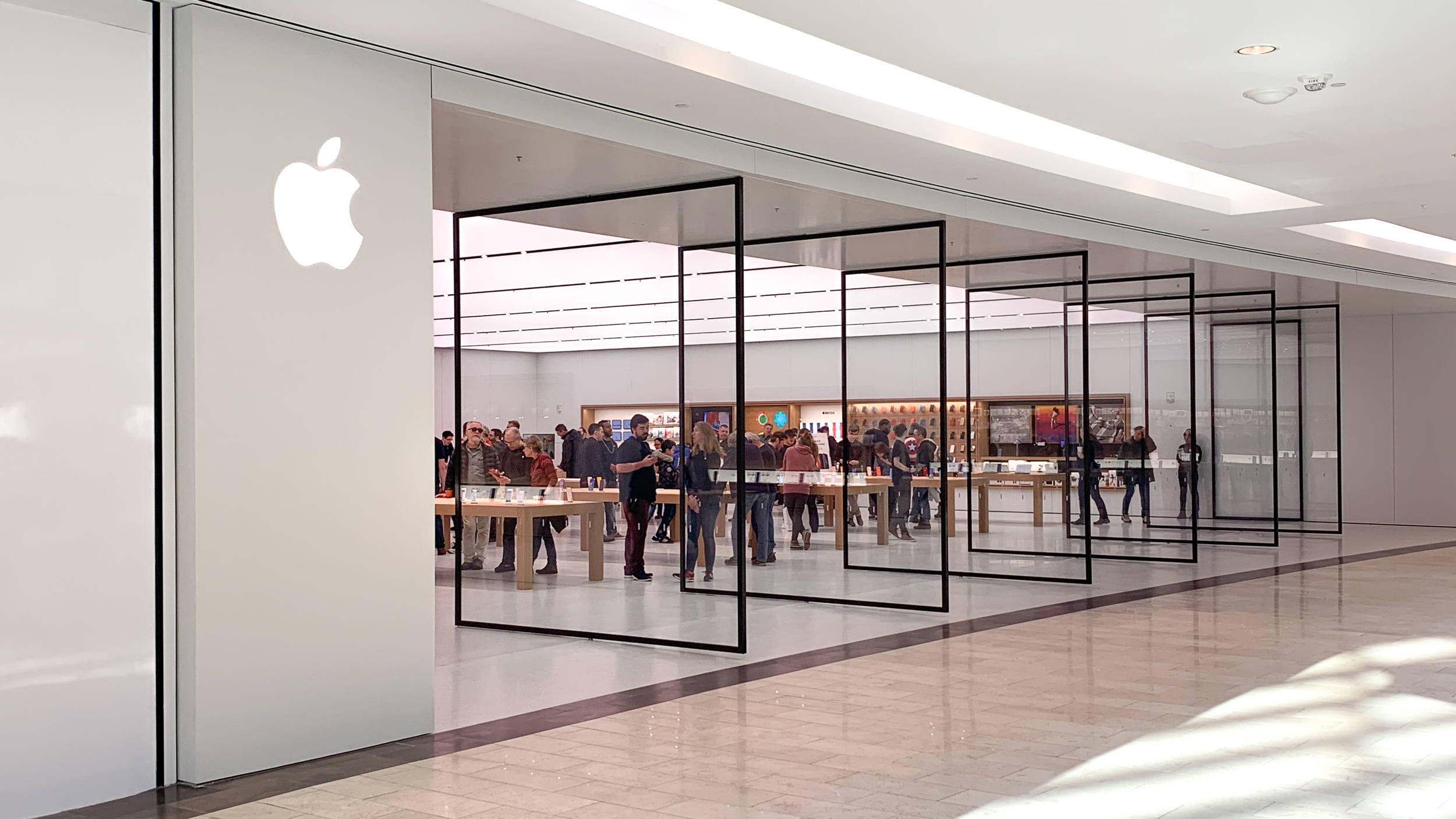 Gallery: Natick Mall Apple Store reopens with updated design