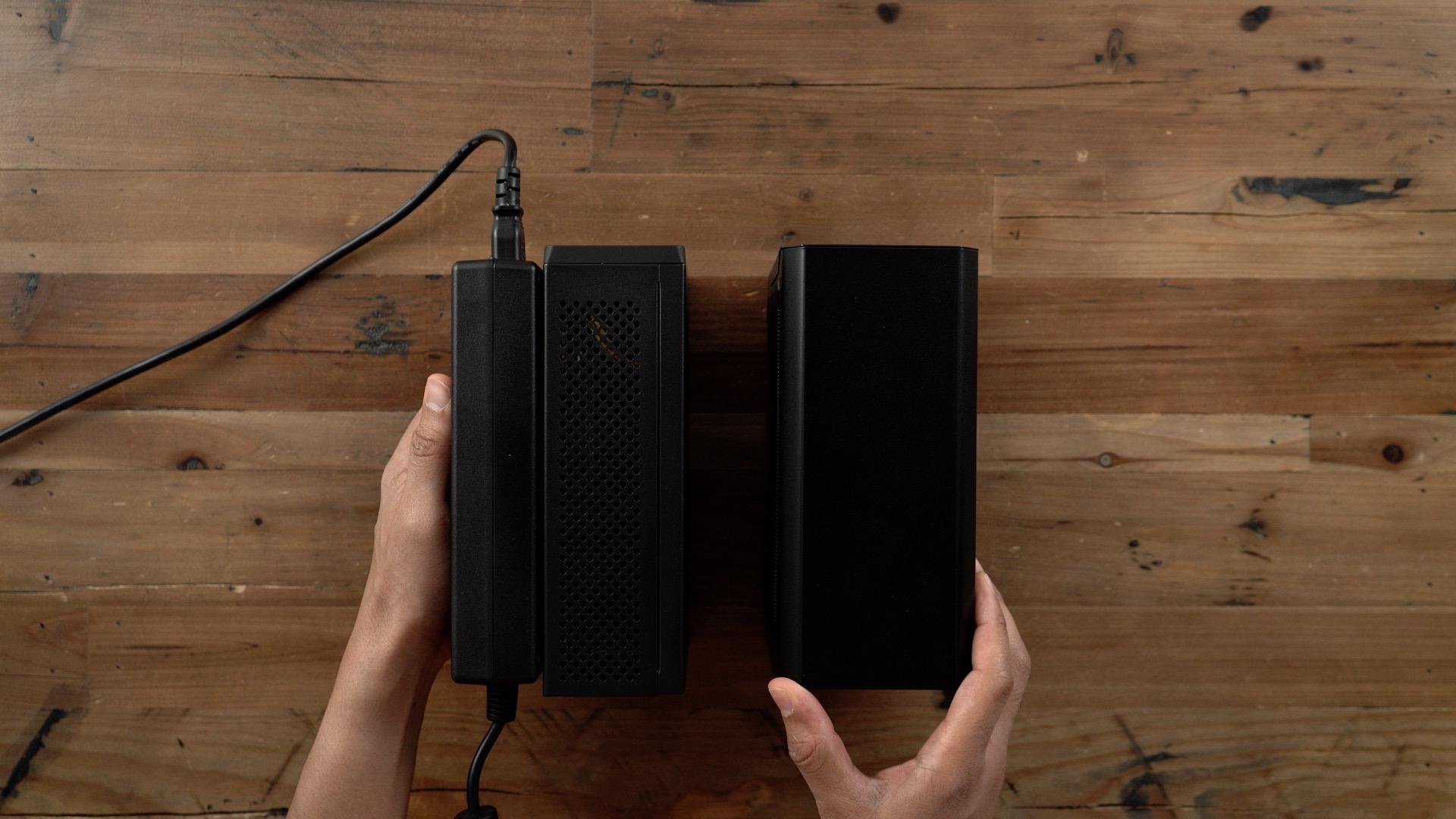 PowerColor Mini Pro eGPU RX 570 vs Gigabyte Gaming Box Top Profile