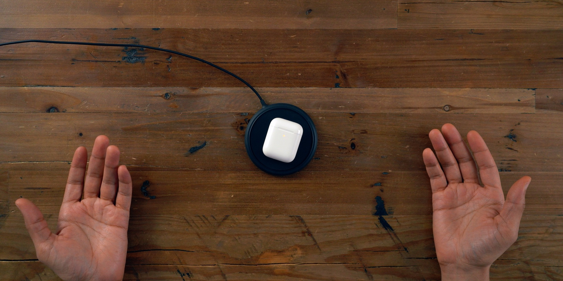 AirPods 2 Mophie Wireless Charger