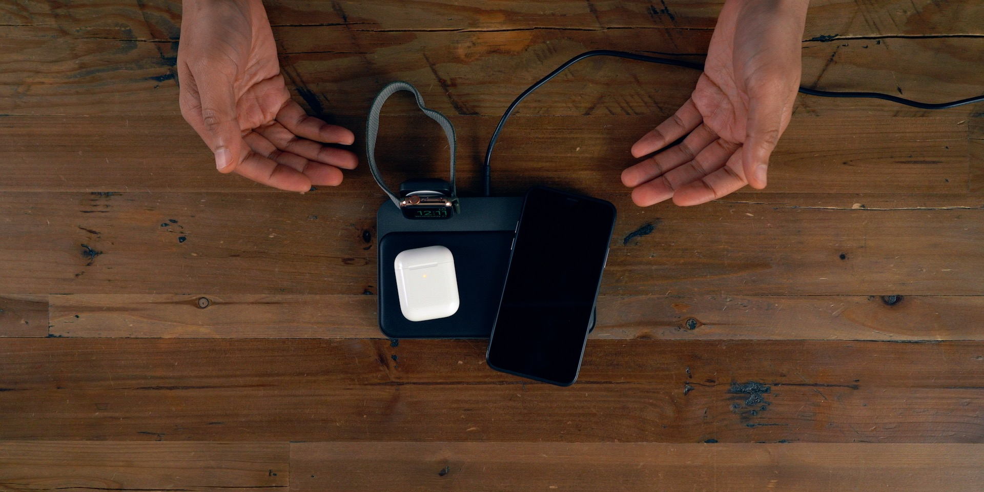 AirPods 2 Nomad Wireless Charger