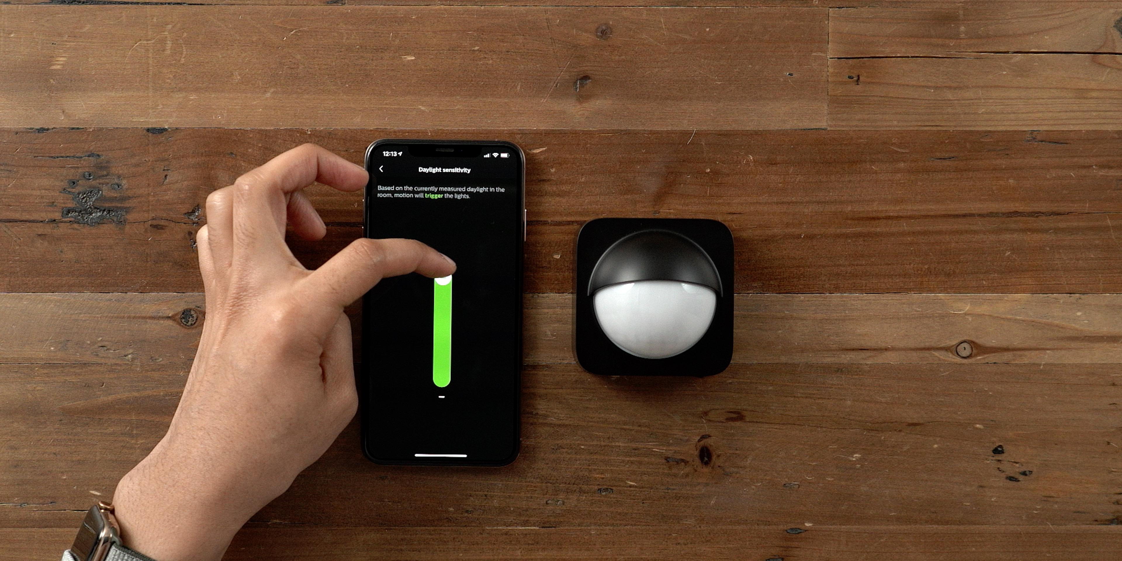 Hands On Philips Hue Outdoor Sensor An Ideal Smart Home
