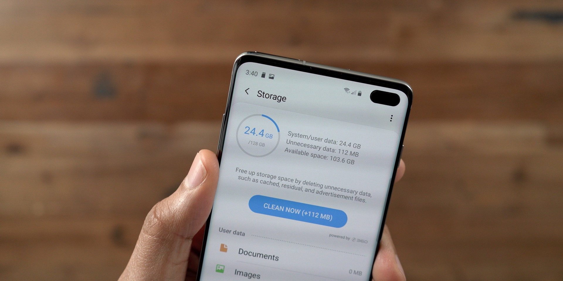 Galaxy S10+ vs iPhone 128 GB Storage