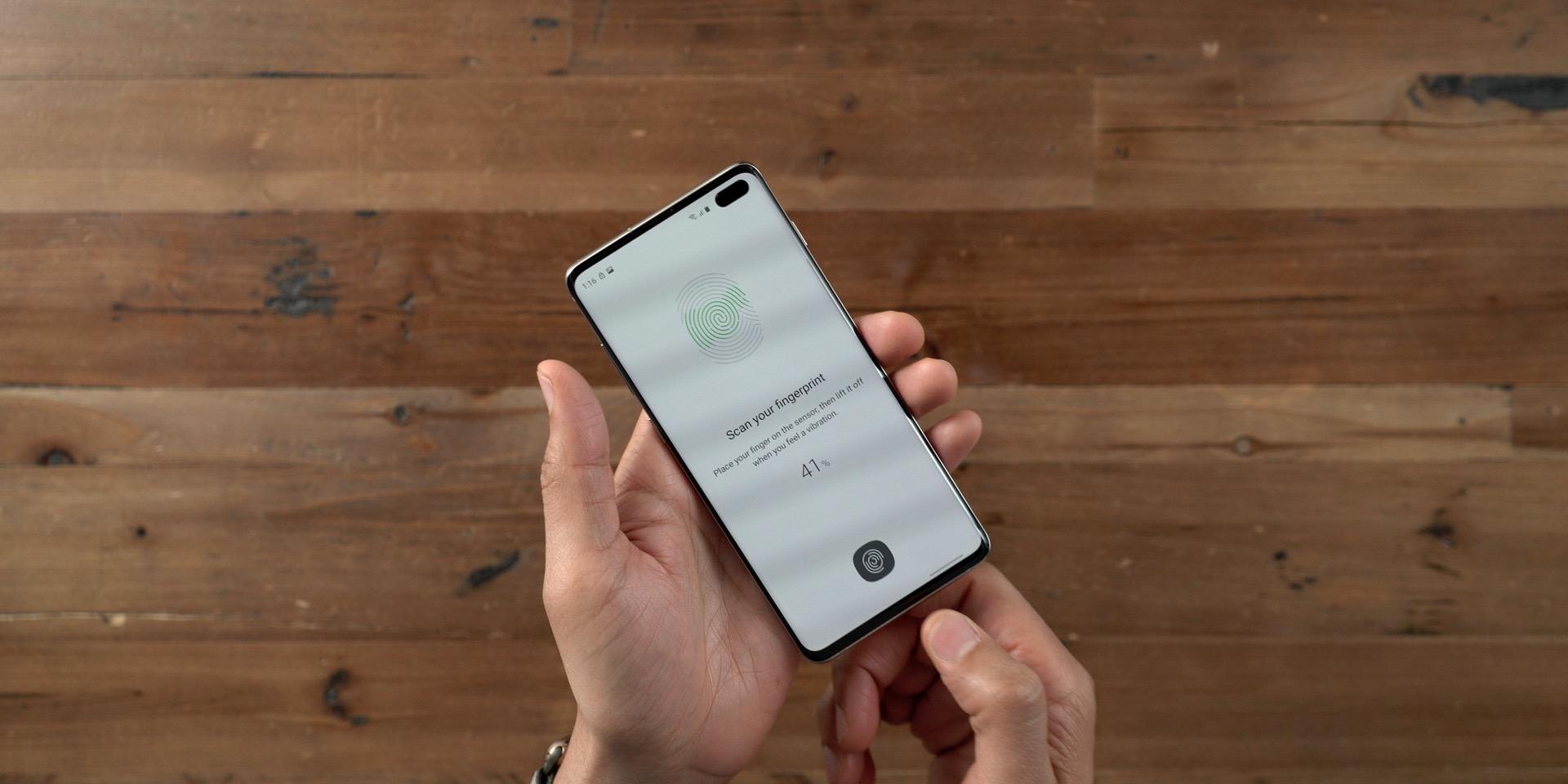 Galaxy S10+ vs iPhone Fingerprint Sensor