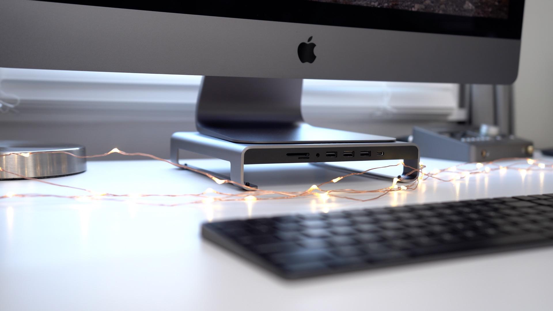 Satechi Aluminum Stand Hub for iMac