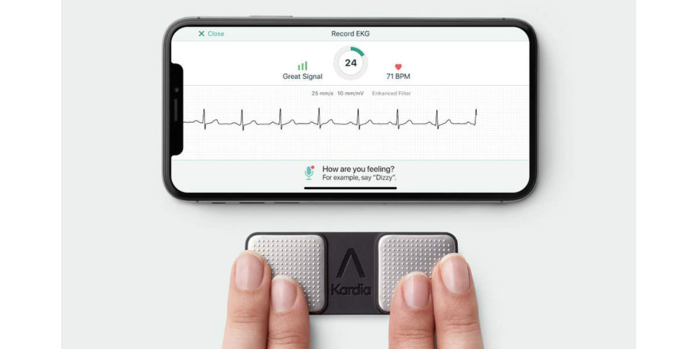 AliveCor monitor gets FDA approval to detect two more heart conditions than Apple Watch