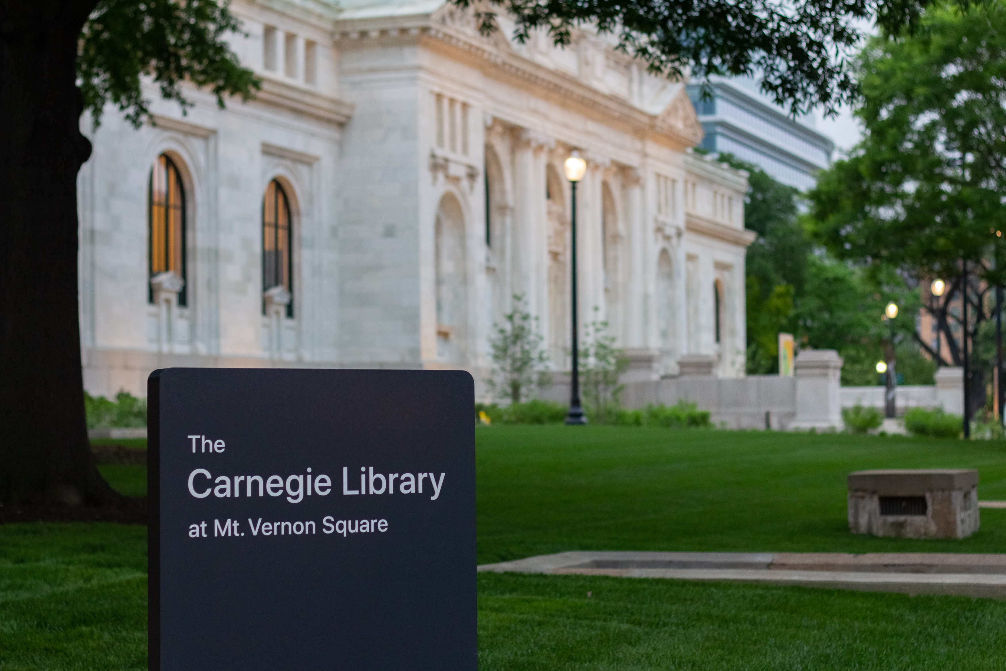 Apple Carnegie Library