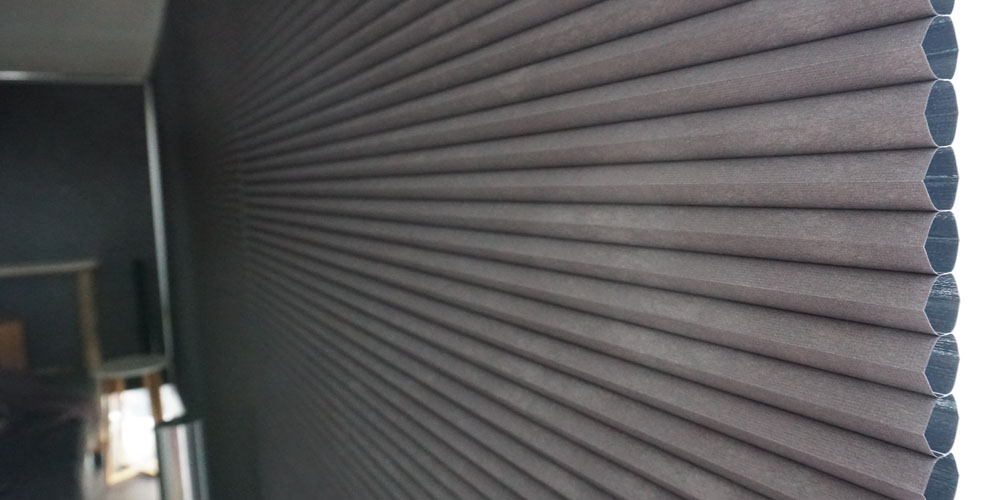 Smart Home Diary: HomeKit-compatible Window Blinds Completes the Apple Integration